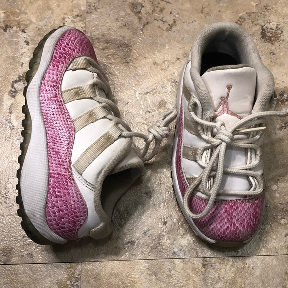 69c433d826484c Jordan Other - Jordan Retro XI Low White Pink Snake Skin Girls 9C